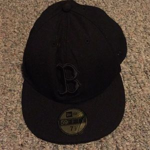 New Era Accessories - Black Boston Red Sox hat